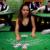 Se de sjove reaktioner: Blackjack-spiller troller live-dealere med sit navn